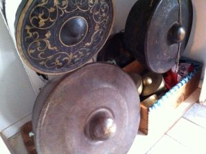 Gongs living in Berkeley